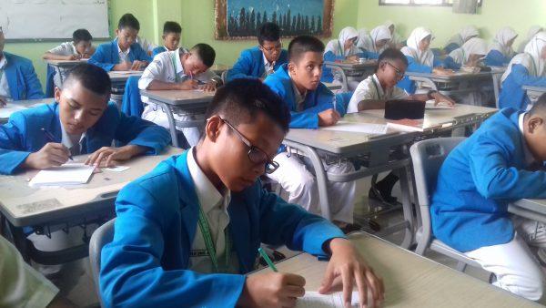 Pelaksanaan Ujian Tengah Semester 2017/2018 Semester 2  - 20180304 091440 600x338 - Murâja'ah 'Ammah Semester 2 Tahun Ajaran 2017/2018