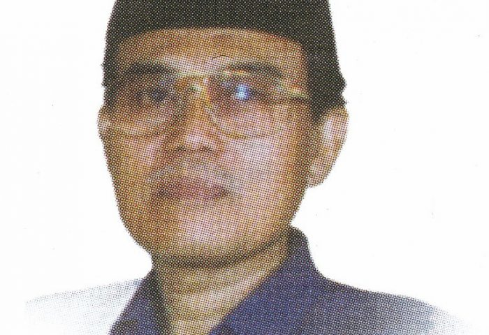 Potret Drs. K. H. Ahmad Rifai Arief  - potret kiai rifai 700x480 - Obituari Kiai Haji Ahmad Rifai Arief