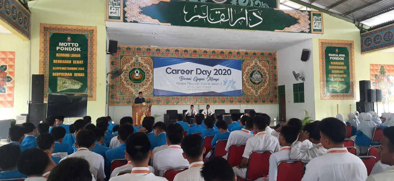 """- WhatsApp Image 2020 02 09 at 15 - Menimba Inspirasi dari Para Alumni di Acara """"Career Day 2020, Berani Gapai Mimpi"""""""